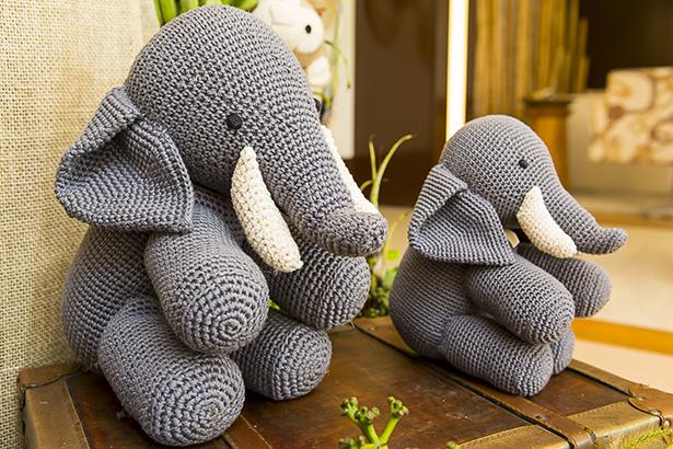 elefantes de croche da Ella Arts