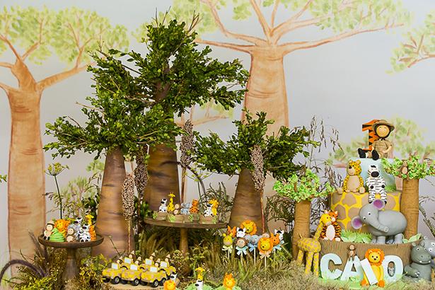 mesa de crianca tematica