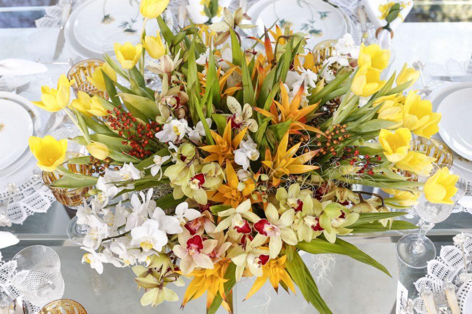 arranjo de flores amarelas milplantas