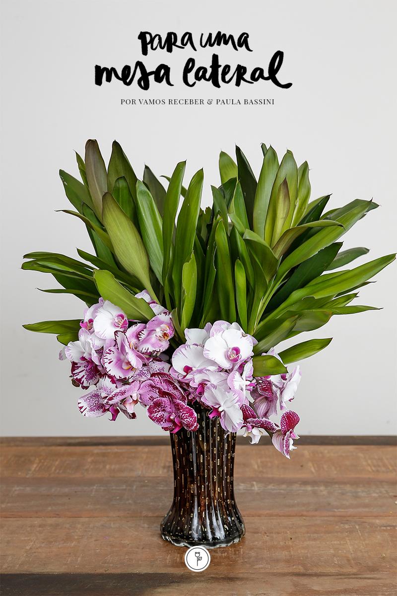 vasos muranos Paula Bassini e arranjo floral Milplantas