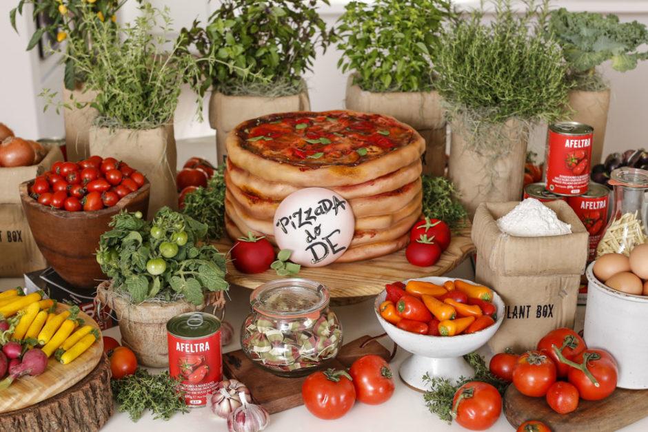festa com pizza
