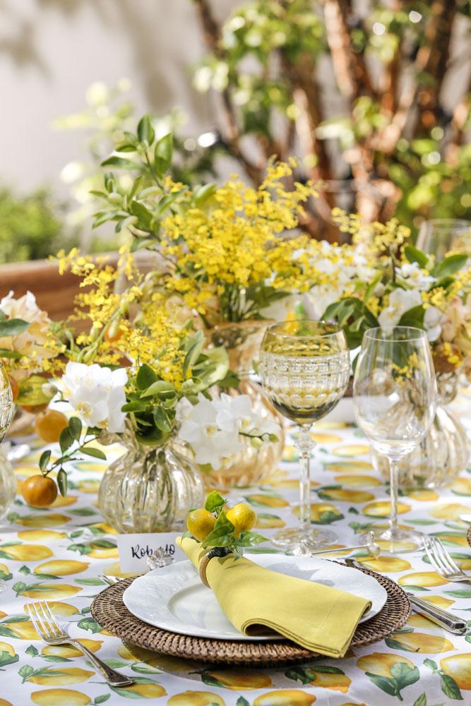 decoracao de mesa com flores