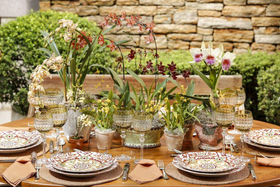 mesa com cores do outono