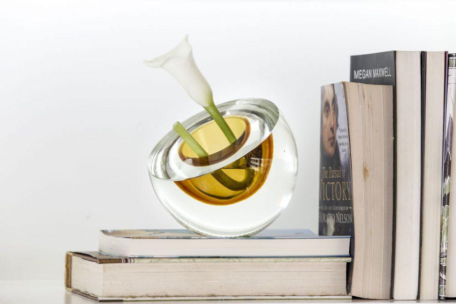 vaso de cristal com flor