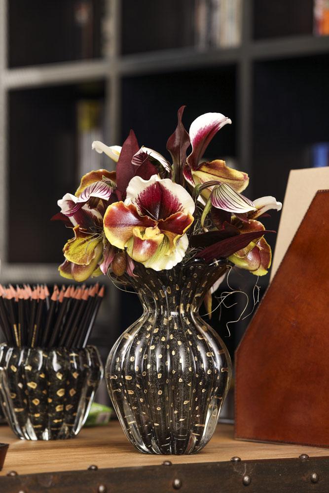orquídeas sapatão em tons de vinho
