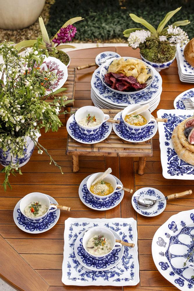 mesa de tapas com buffet vivi barros