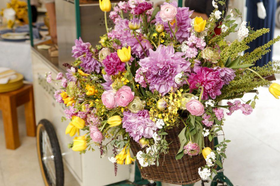 arranjo de flores feito pelo Marcinho leme da Milplantas