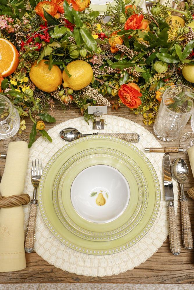 pratos verdes com frutas tania bulhões