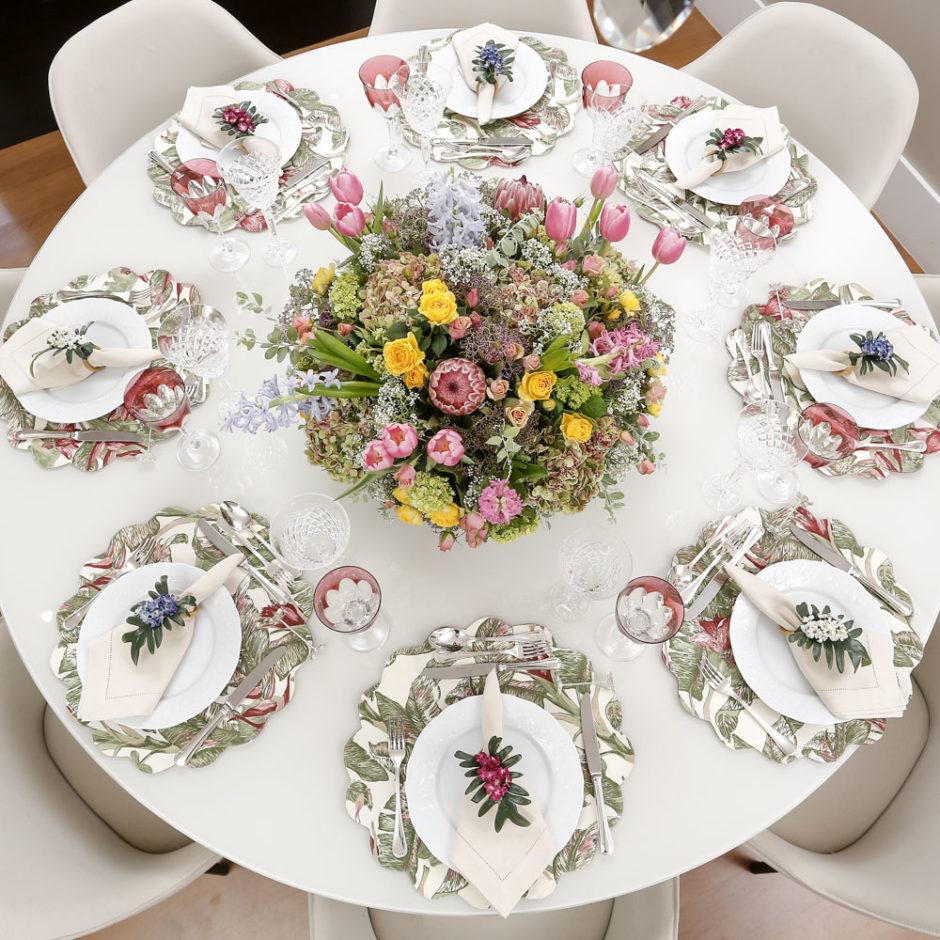 mesa de almoço para o dia das mães