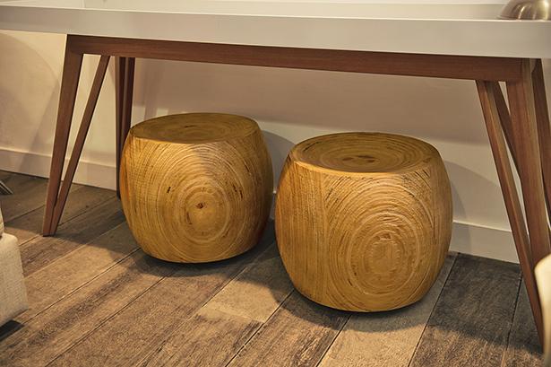 banco arredondado de madeira Cecilia Dale