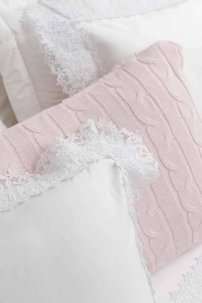 roupa de cama bordada com renda valencien