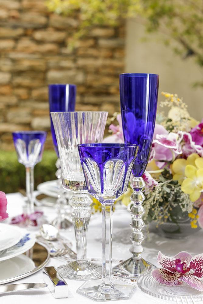 tacas azuis de cristal