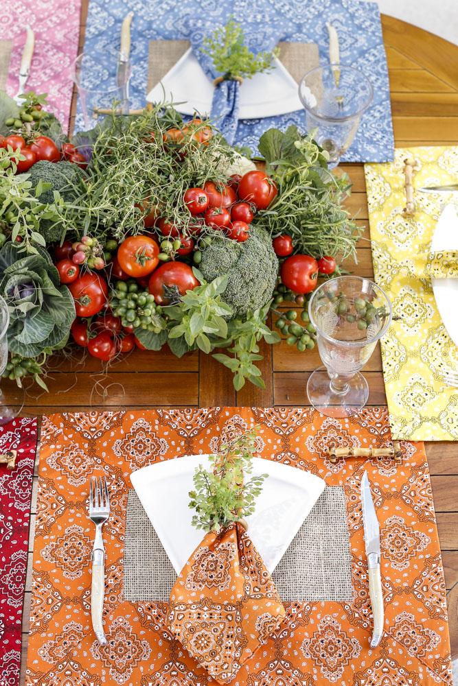 mesa de pizza colorida acessorios couvert