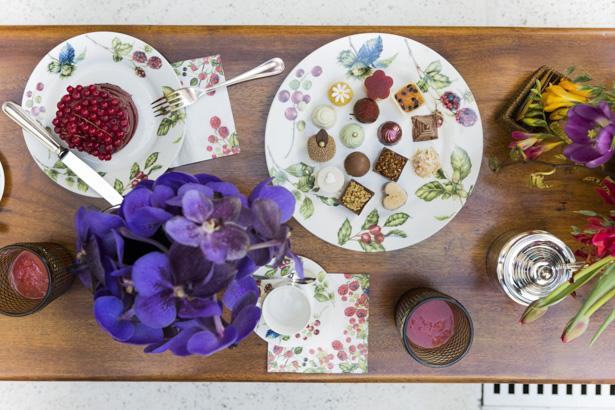 chá da tarde com cores da primavera