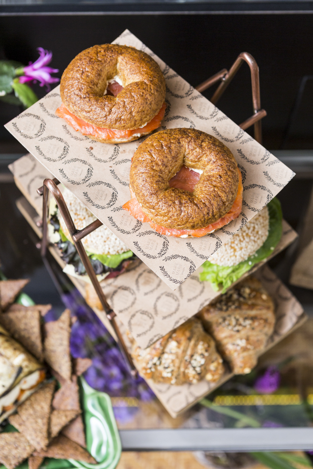 bagel recheado Marie Marie Bakery