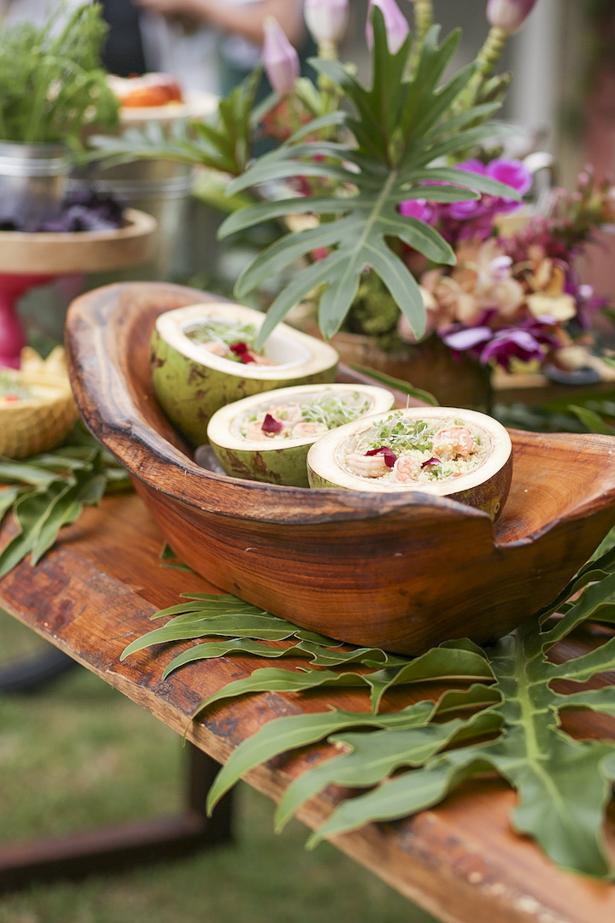 couscous servido em coco verde