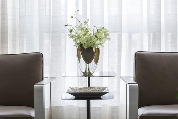 vaso de cristal âmbar para sala