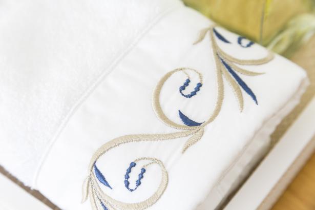 toalha bordada valencien