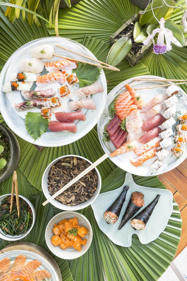 mesa posta para jantar japonês