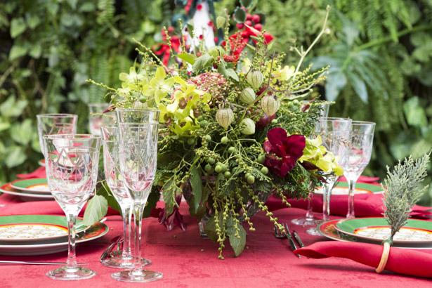 mesa de natal em verde e vermelho