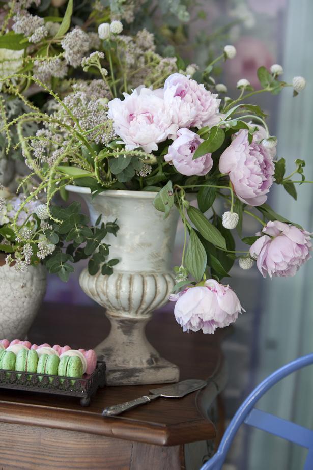 arranjo de flores peônias