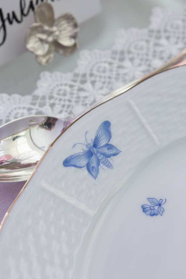 louça pintada à mão em azul claro Herend